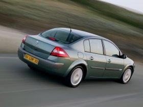 Ver foto 2 de Renault Megane Limusine 2006