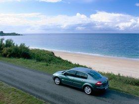 Ver foto 11 de Renault Megane Limusine 2006