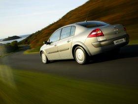 Ver foto 5 de Renault Megane Limusine 2006