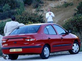 Ver foto 4 de Renault Megane Sedan 1999