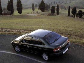 Ver foto 3 de Renault Megane Sedan 1999