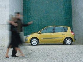 Ver foto 2 de Renault Scenic 2003