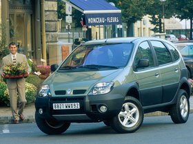 Ver foto 2 de Renault Scenic RX4 2000