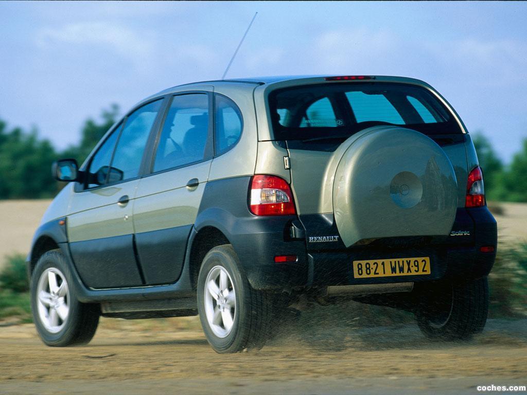 Foto 16 de Renault Scenic RX4 2000