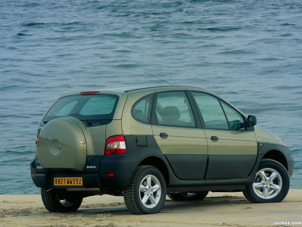 Foto 9 de Renault Scenic RX4 2000