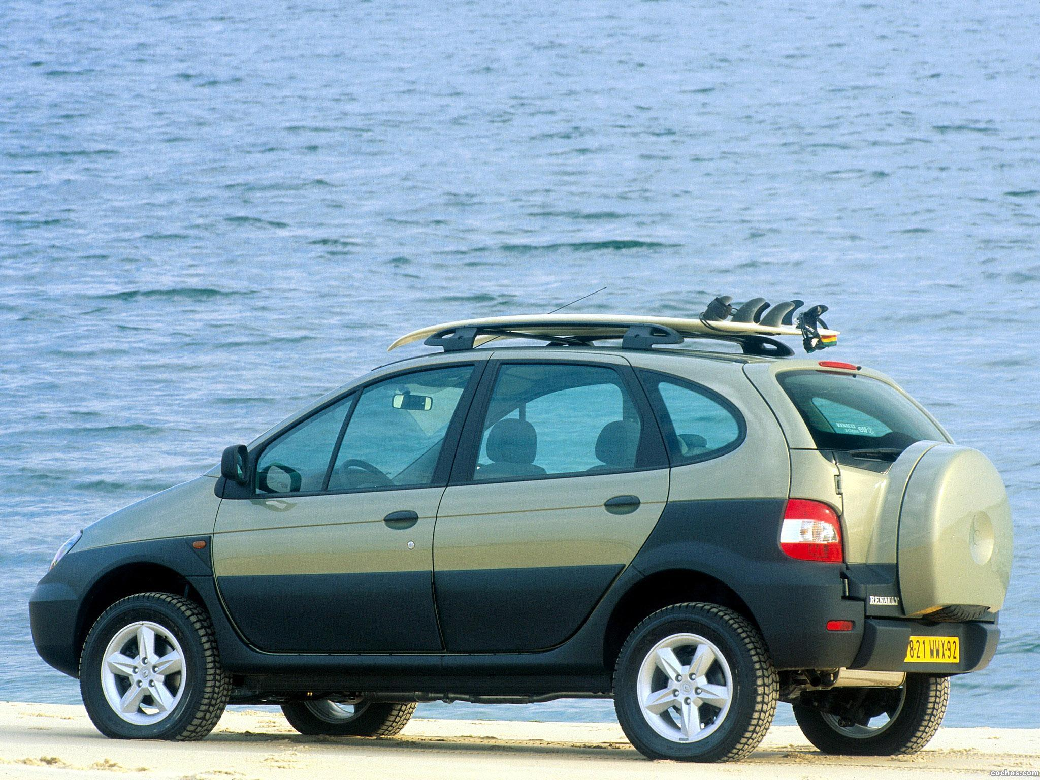 Foto 4 de Renault Scenic RX4 2000