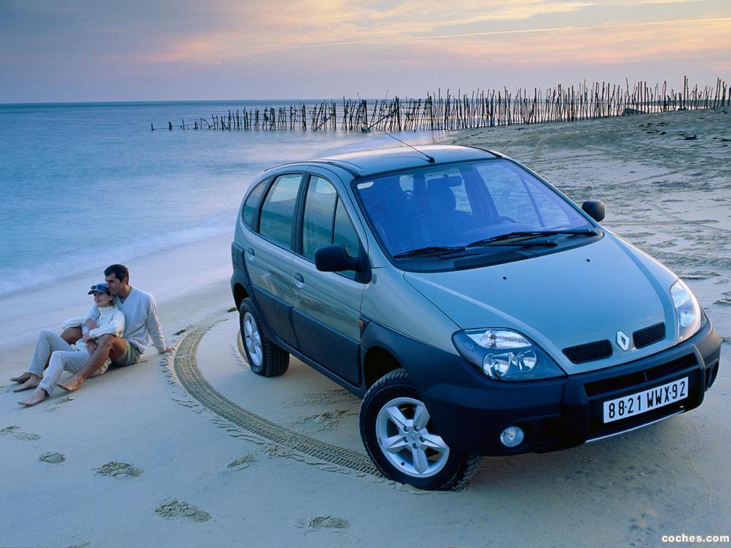 Foto 2 de Renault Scenic RX4 2000