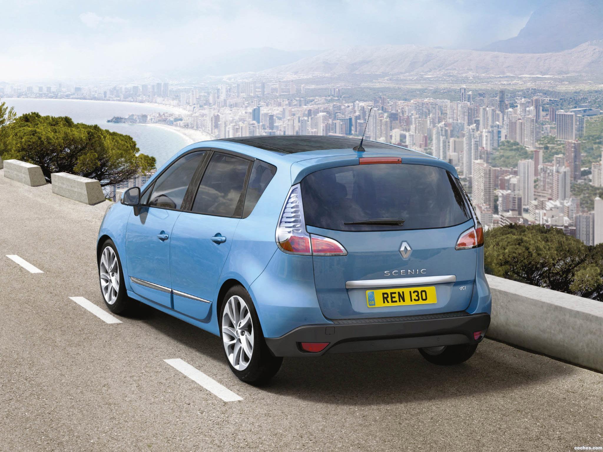 Foto 1 de Renault Scenic UK 2012