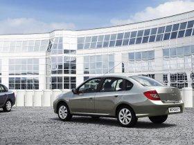 Ver foto 3 de Renault Thalia Symbol 2008