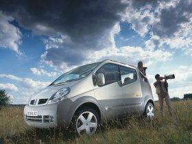 Fotos de Renault Trafic Deck up Concept 2004