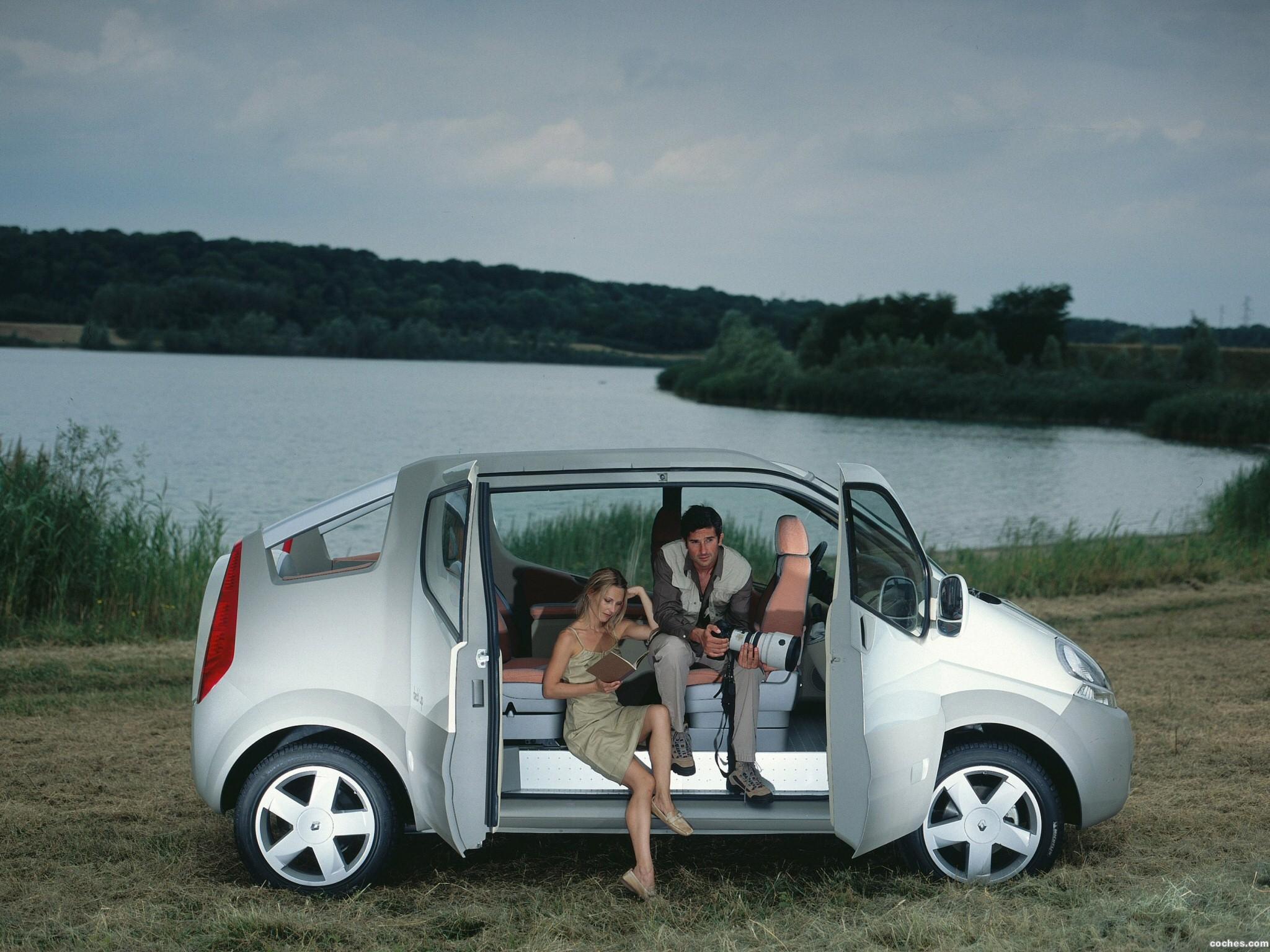 Foto 1 de Renault Trafic Deck up Concept 2004