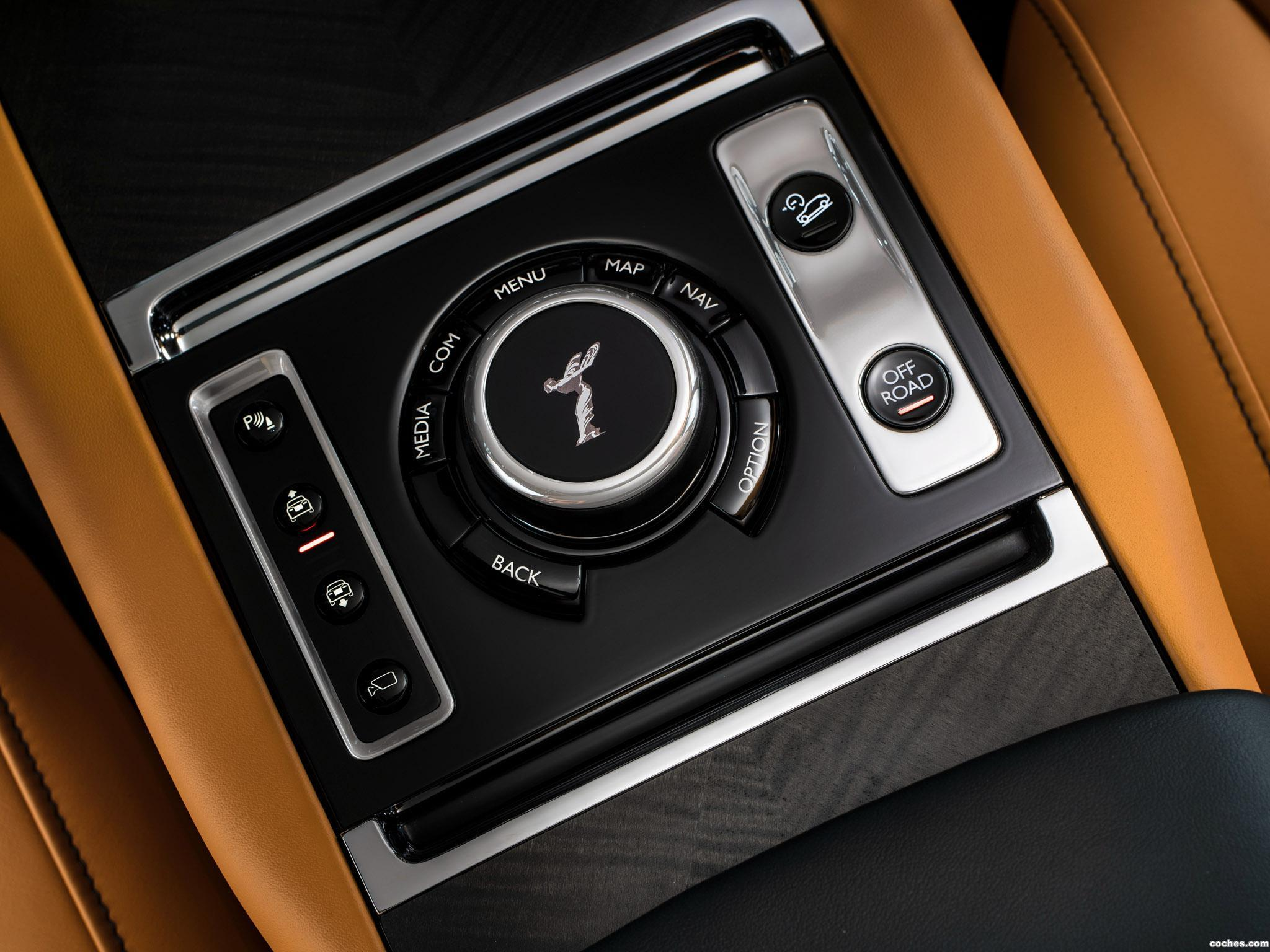 Foto 16 de Rolls Royce Cullinan  2018