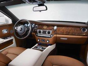 Ver foto 3 de Rolls Royce  Ghost Golden Sunbird 2013