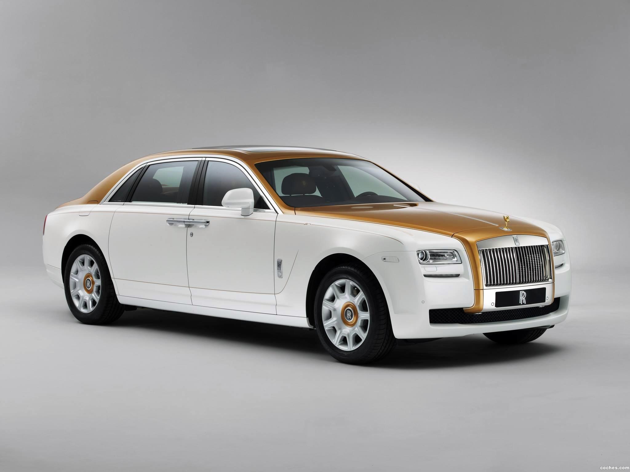 Foto 0 de Rolls Royce  Ghost Golden Sunbird 2013