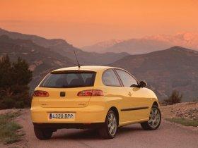 Ver foto 4 de Seat Ibiza 2002