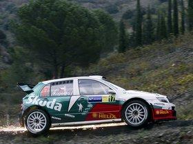Ver foto 41 de Skoda Fabia WRC 2005