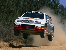 Ver foto 24 de Skoda Fabia WRC 2005