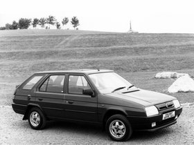 Ver foto 3 de Skoda Favorit Estate Type-785 UK 1991