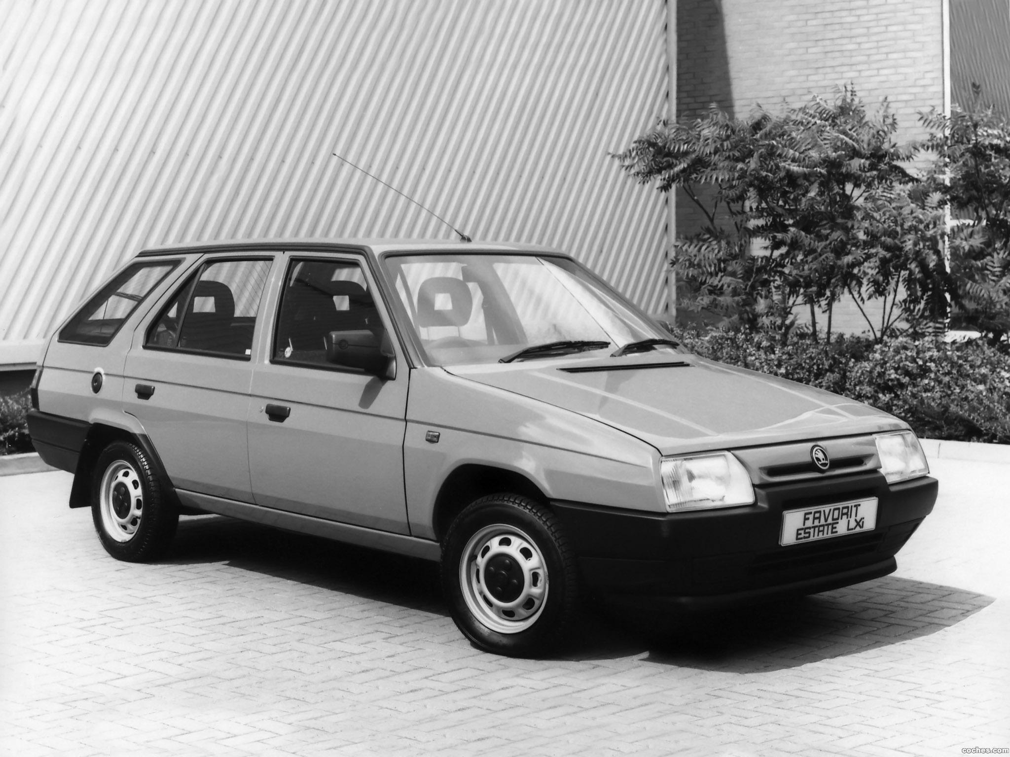 Foto 0 de Skoda Favorit Estate Type-785 UK 1991
