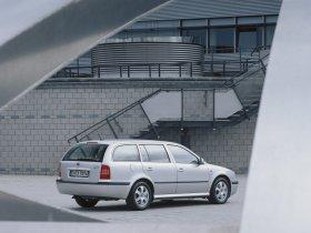 Ver foto 2 de Skoda Octavia 1996