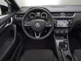 Ver foto 22 de Skoda Octavia RS 2013