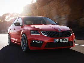 Ver foto 1 de Skoda Octavia RS 245 Challenge Plus Package  2018