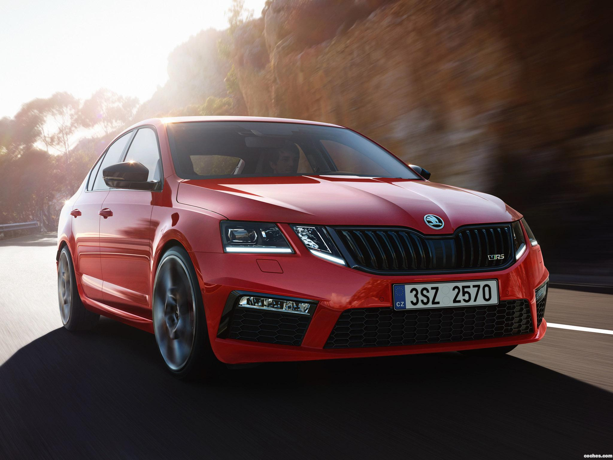 Foto 0 de Skoda Octavia RS 245 Challenge Plus Package  2018