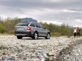Ver foto 25 de Skoda Octavia Scout 2009
