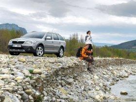 Ver foto 23 de Skoda Octavia Scout 2009