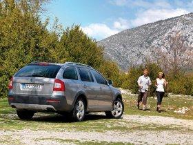 Ver foto 15 de Skoda Octavia Scout 2009