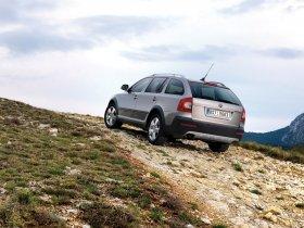 Ver foto 7 de Skoda Octavia Scout 2009