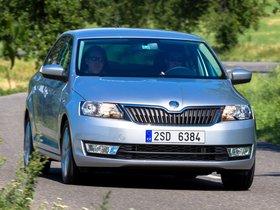 Ver foto 12 de Skoda Rapid 2012