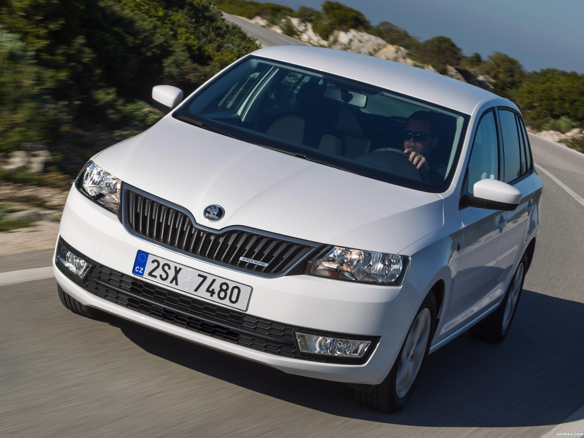 Foto 0 de Skoda Rapid Spaceback GreenLine 2013