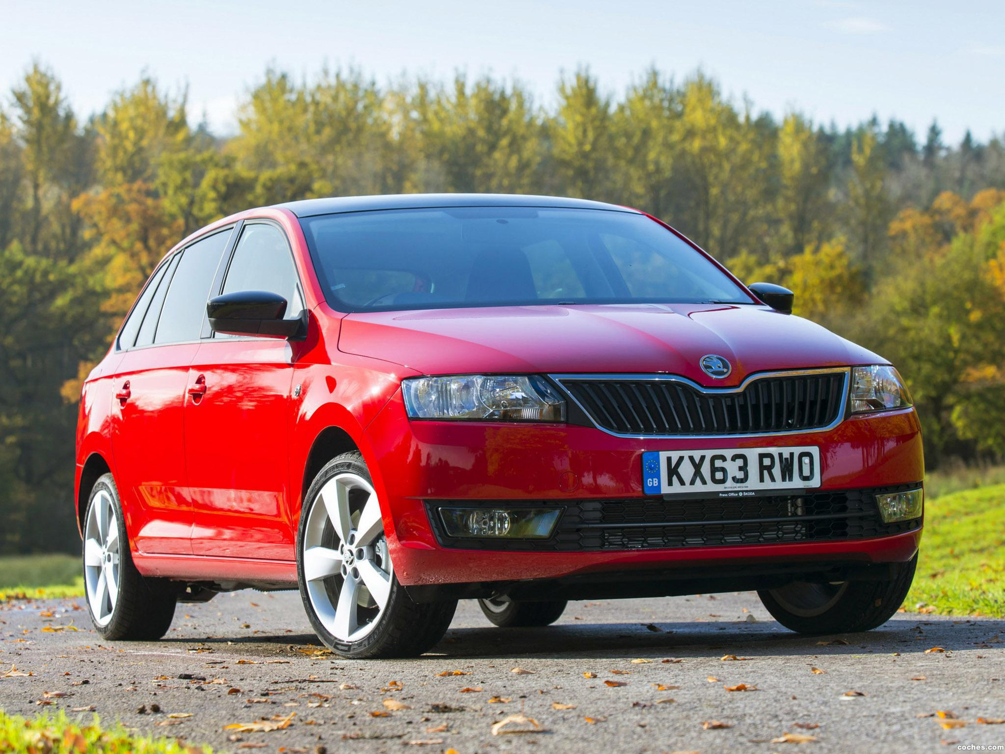 Foto 0 de Skoda Rapid Spaceback UK 2013
