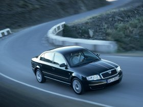 Fotos de Skoda Superb 2002
