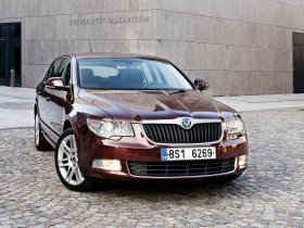 Fotos de Skoda Superb (3T) 2008