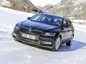 Fotos de Skoda Superb Combi 4×4 2015