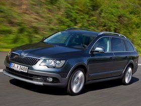 Ver foto 6 de Skoda Superb Combi Outdoor 2012