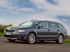 Ver foto 3 de Skoda Superb Combi Outdoor 2012
