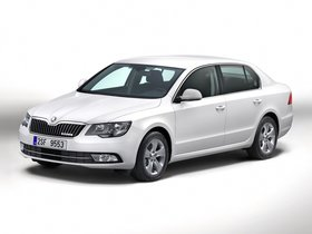 Ver foto 5 de Skoda Superb GreenLine 2014