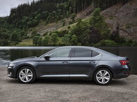 Ver foto 4 de Skoda Superb UK 2015