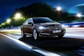 Ver foto 3 de Skoda Superb Laurin & Klement 2019