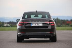 Ver foto 16 de Skoda Superb Laurin & Klement 2019