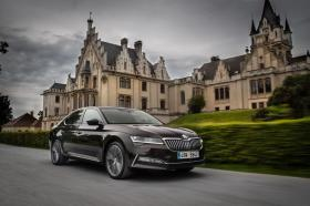 Ver foto 27 de Skoda Superb Laurin & Klement 2019