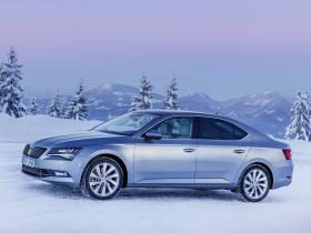 Ver foto 6 de Skoda Superb Laurin and Klement 4x4 2015