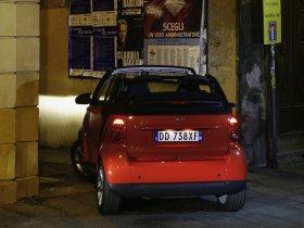 Ver foto 2 de Smart ForTwo Cabrio 2007