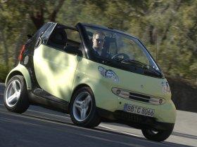 Ver foto 2 de Smart ForTwo Cabrio 2005