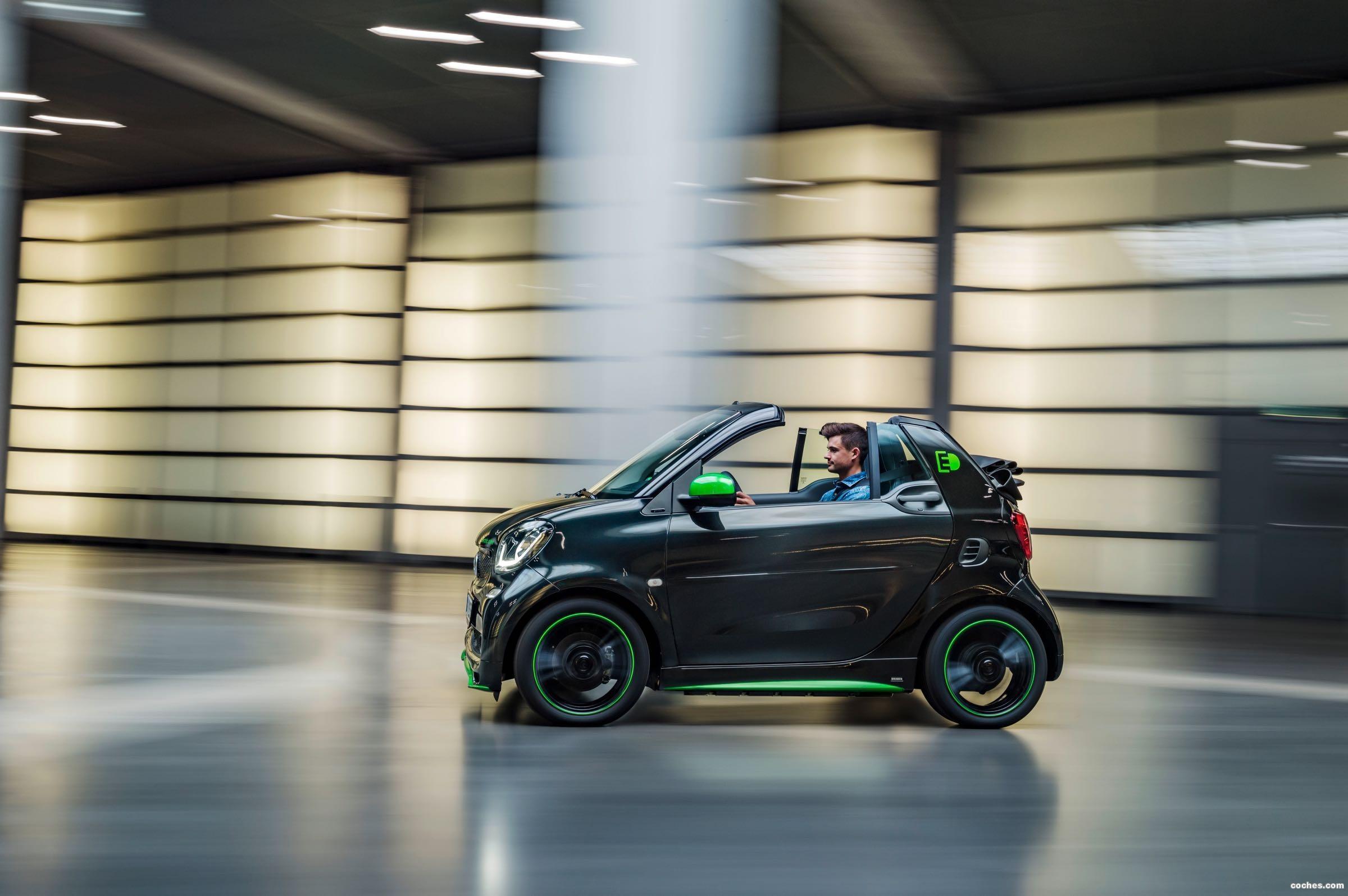 Foto 6 de Smart fortwo cabrio electric drive 2017