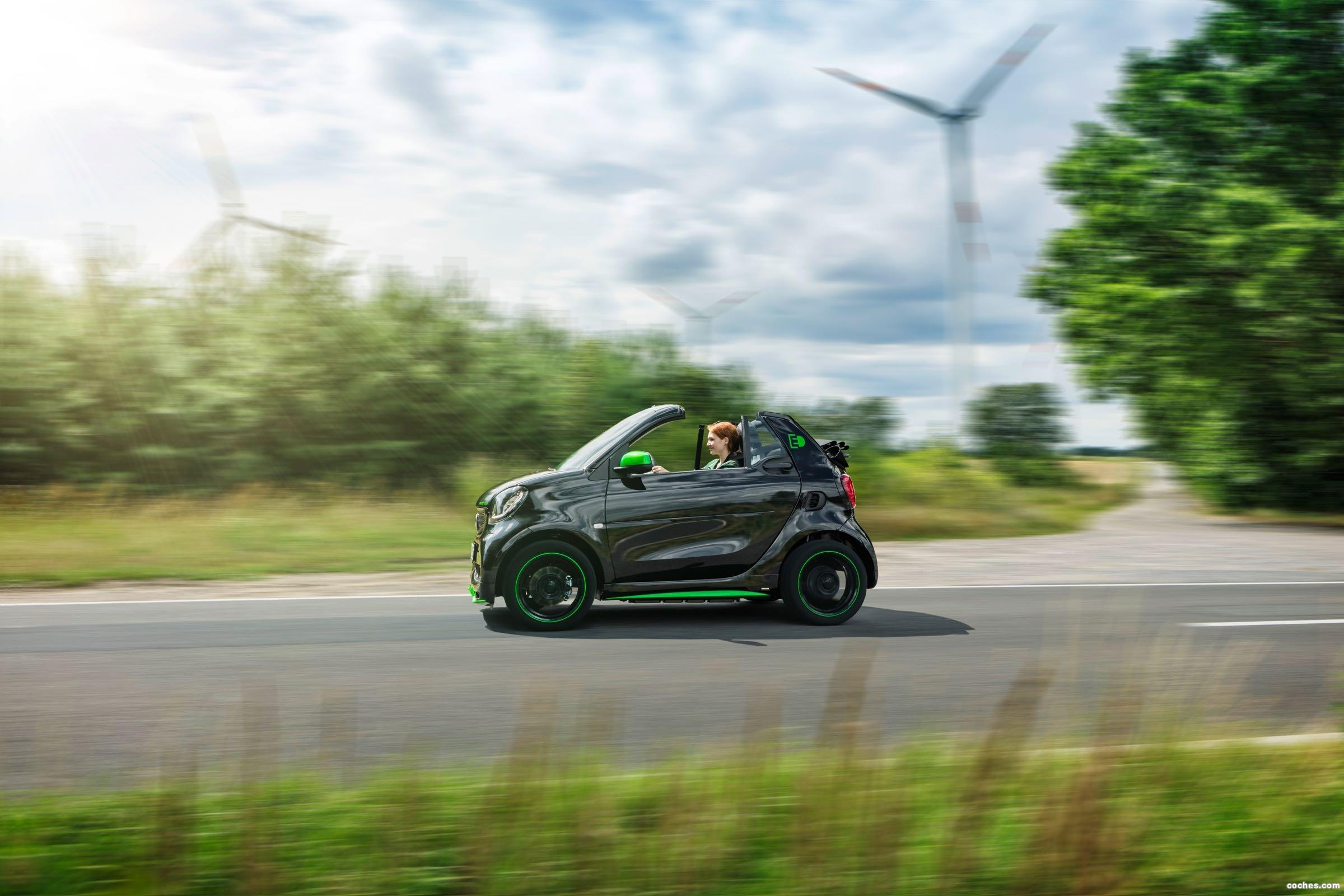 Foto 9 de Smart fortwo cabrio electric drive 2017