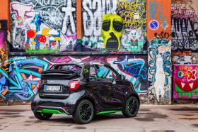 Ver foto 32 de Smart fortwo cabrio electric drive 2017